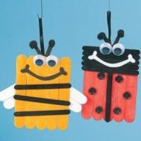 Insectos con palos de helado
