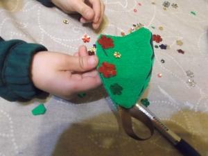decorar arbol de navidad con lentejuelas