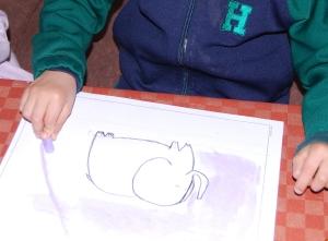 Dibujo de elefante al pastel pintado por niños 7