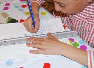dibujo torre eiffel por niño 1