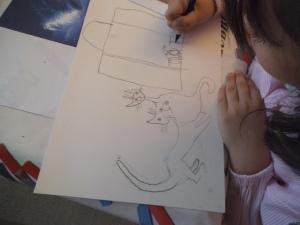 GATOS MIRANDO LA LUNA EN PASTEL POR NIÑA DE 6 AÑOS 1